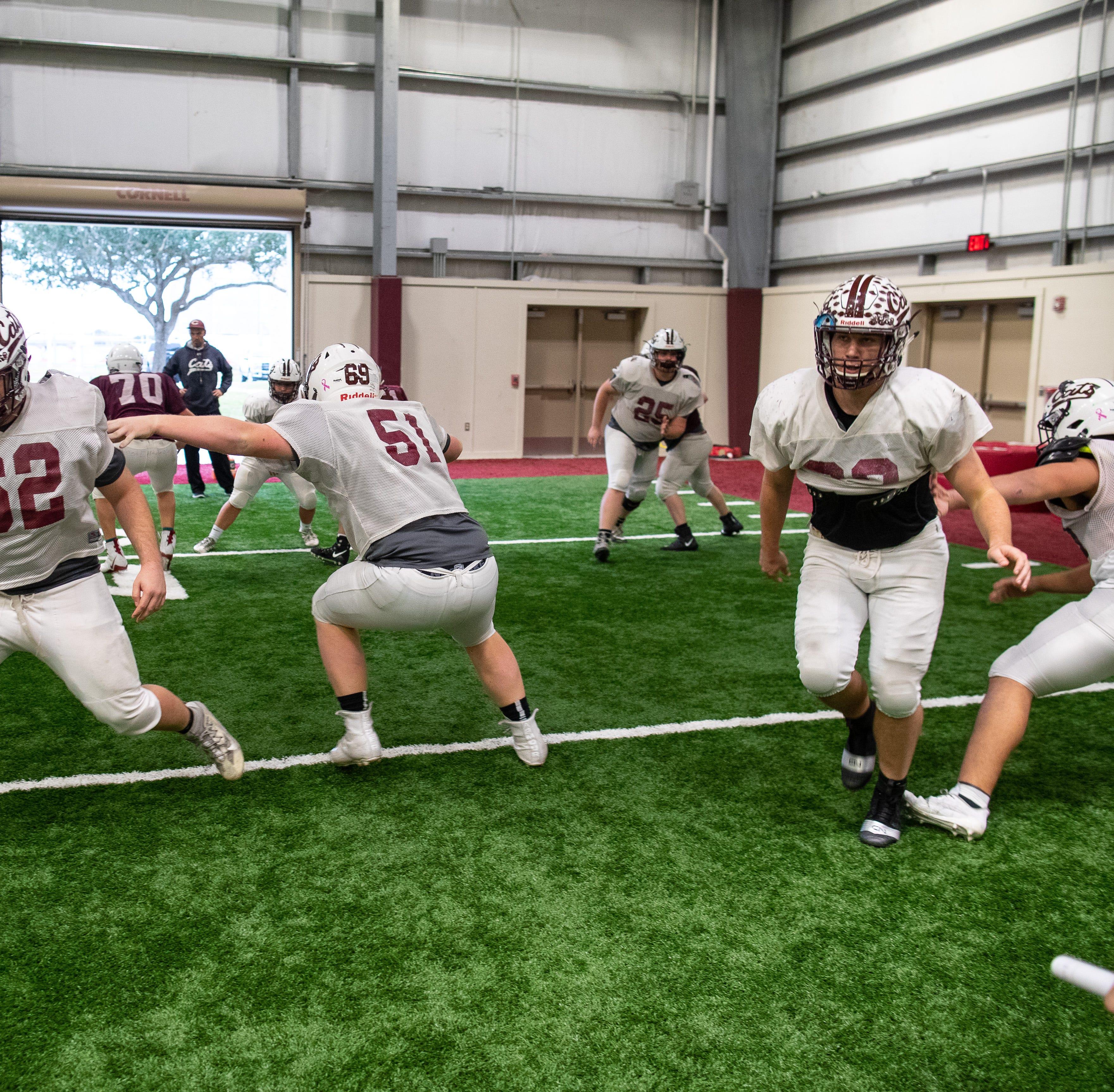 New-look Calallen offensive line finding stride in Texas High School Football playoffs