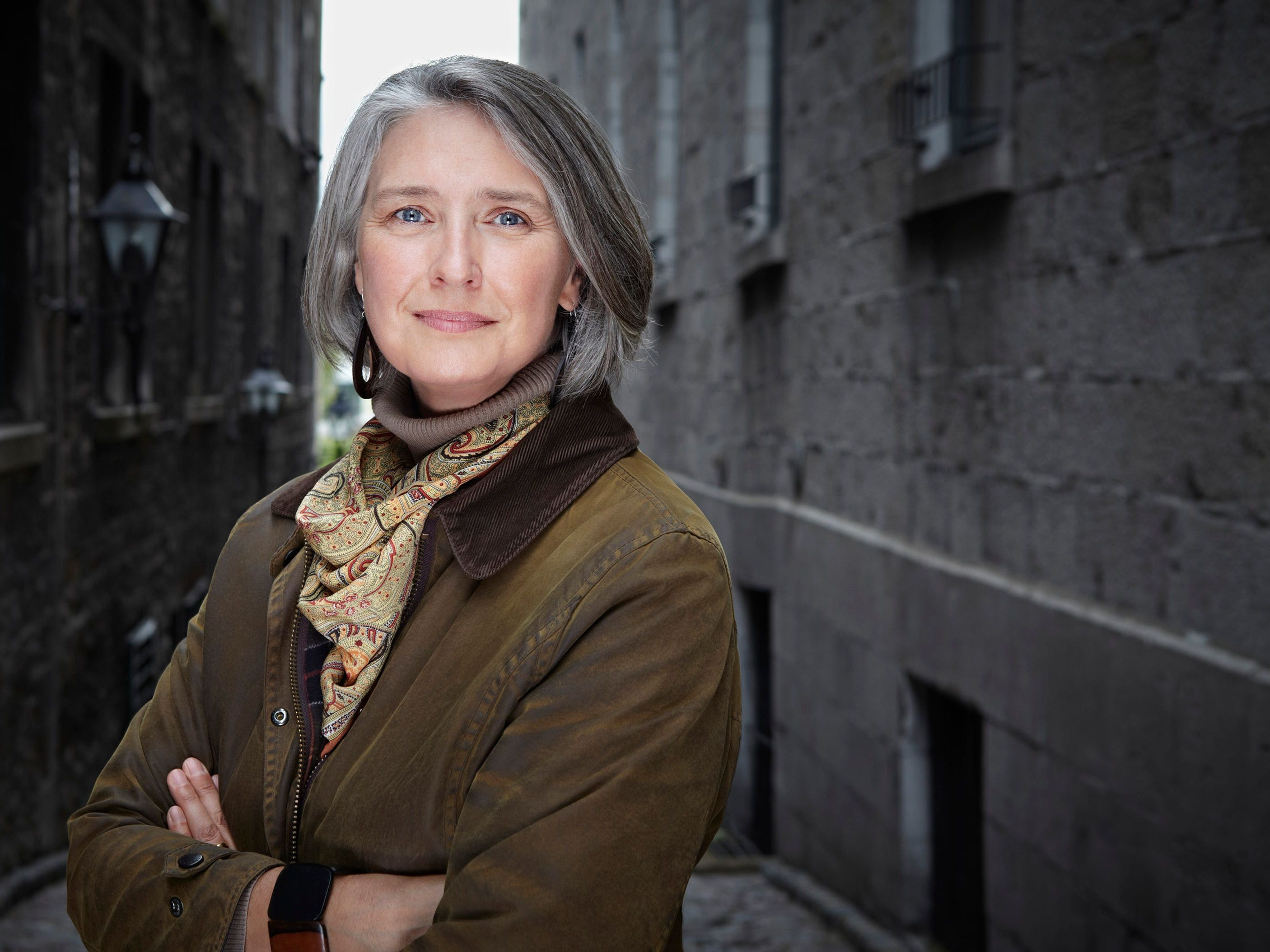 "Join USA TODAY for a Facebook live chat with author Louise Penny about her new novel, ""Kingdom of the Blind"" (Minotaur)."