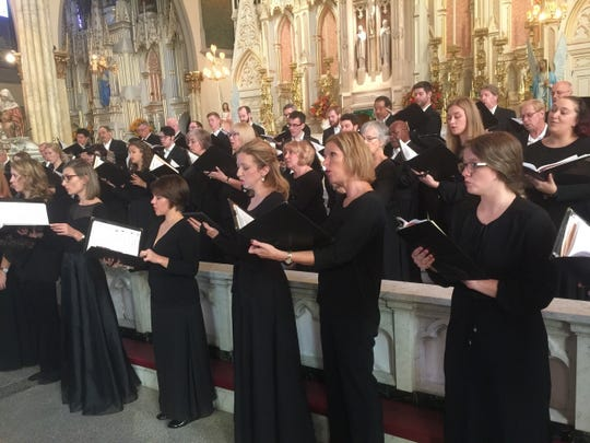 Detroit Concert Choir has a number of 2018 holiday performances.