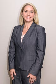 Carrie Roelle, a partner in the Evansville law firm Kahn, Dees, Donovan & Kahn, is one of six women nominated for the 2019 ATHENA Award. The winner will be announced during the 28th annual ATHENA Award Luncheon, Friday, Feb. 22, 2019, at Old National Events Plaza in Downtown Evansville.