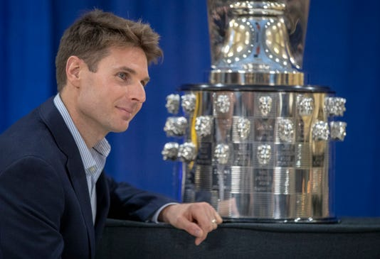 Will Power On The Borgwarner Trophy