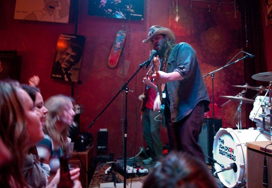 Preservation Pub Chris Stapleton With The Jompson Brothers