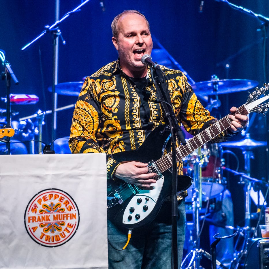 Bangert: After 'Sgt. Pepper' tribute, Frank Muffin goes big again, hits 'The Wall'
