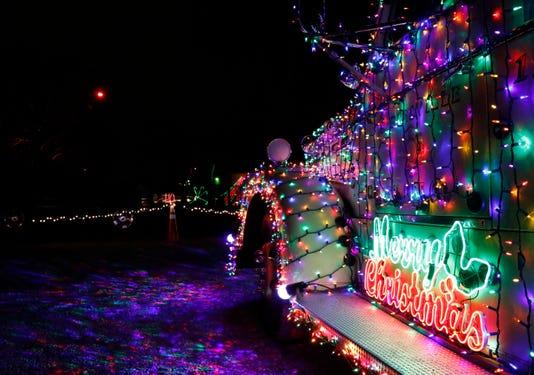 01 Lan Festival Of Lights