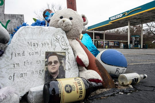 A memorial for Vicente Rodriguez Ramirez remains in the parking lot of a Valero on Poplar Level Road. Ramirez died in his vehicle at this location after being shot in a nearby neighborhood. Nov. 27, 2018
