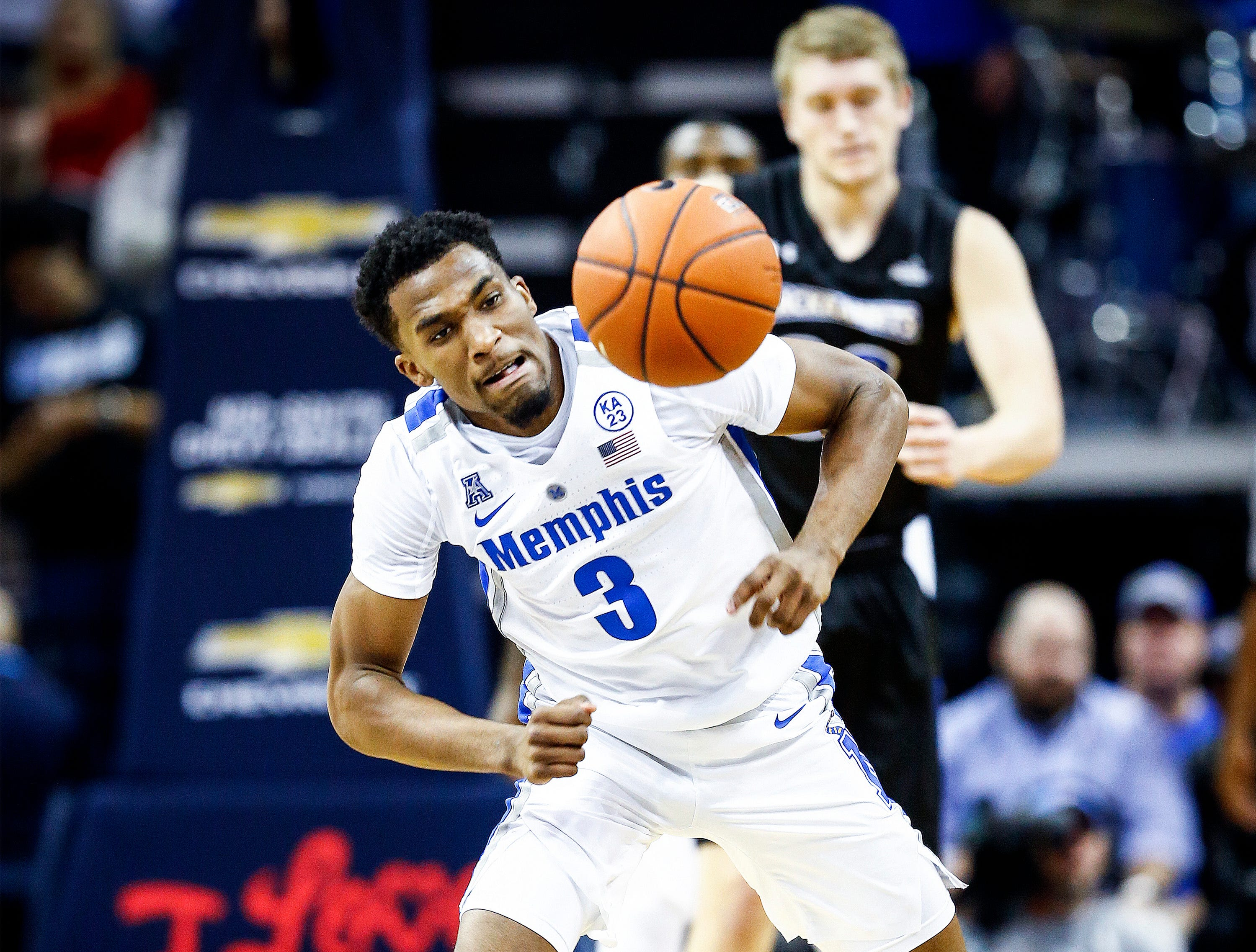 Memphis guard Jeremiah Martin grabs a loose ball during action against South Dakota State at the FedExFourm., Tuesday, December 4, 2018.