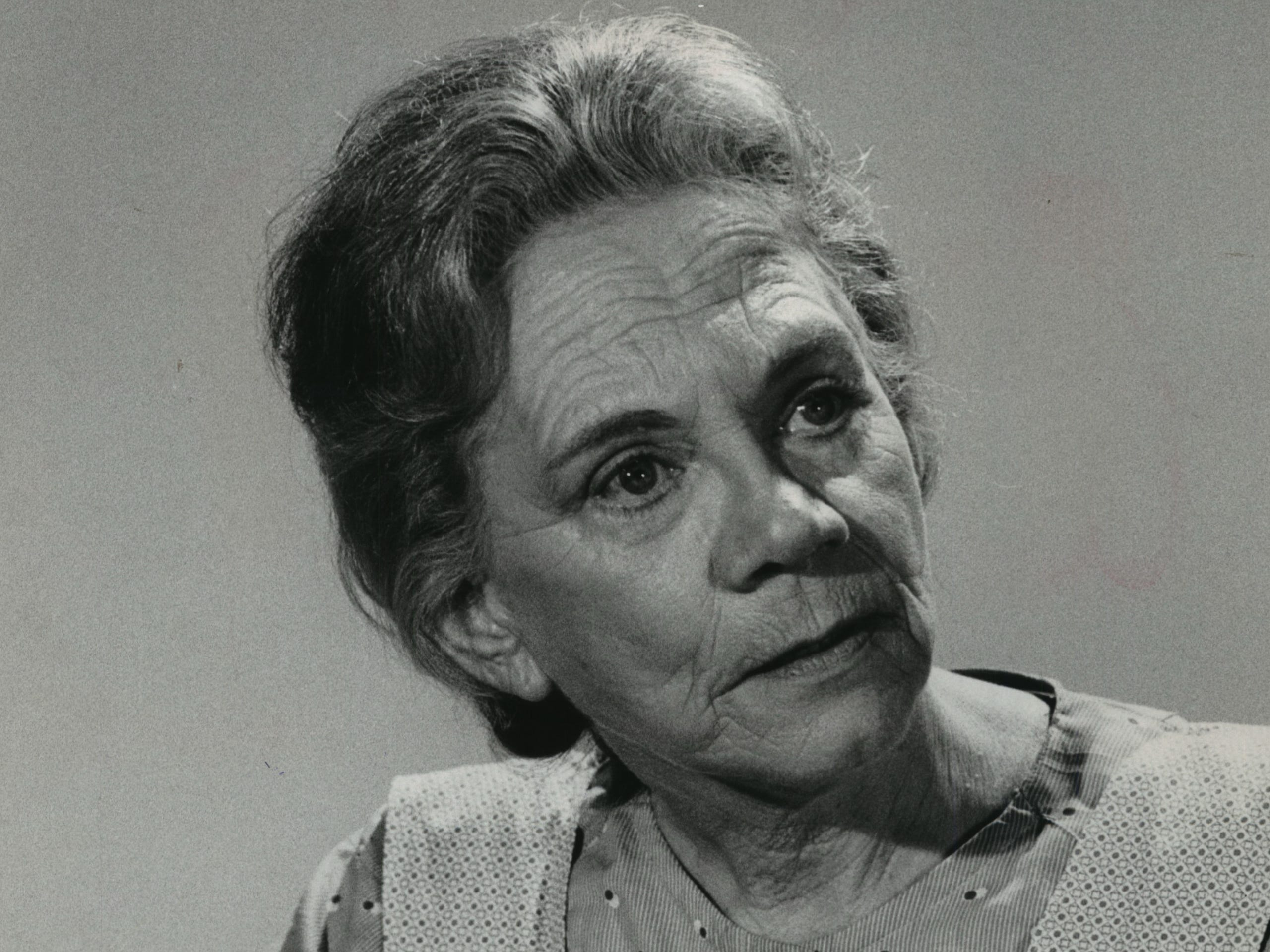 "Ellen Corby took home a Golden Globe for best supporting actress in a TV series in 1974 for her best-known role, as Grandma Walton on TV's ""The Waltons."" Corby, who was born in Racine, also won a Golden Globe in 1949 for best supporting actress in the movie ""I Remember Mama."""
