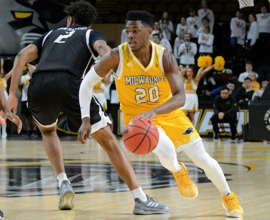Darius Roy (shown here in an earlier game) scored 15 points on Thursday night.