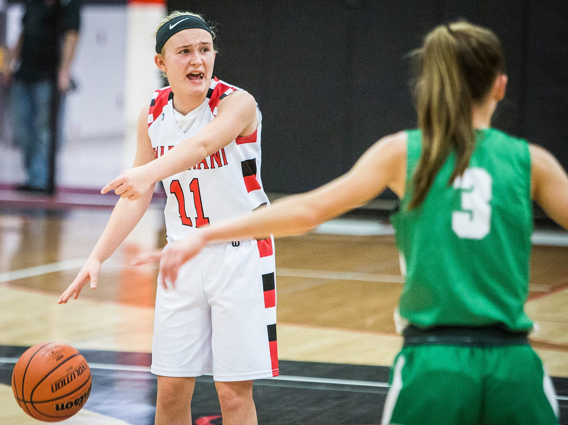 Wapahani's Madison Thompson moves the ball against Yorktown's defense during their game at Wapahani High School Tuesday, Dec. 4, 2018.