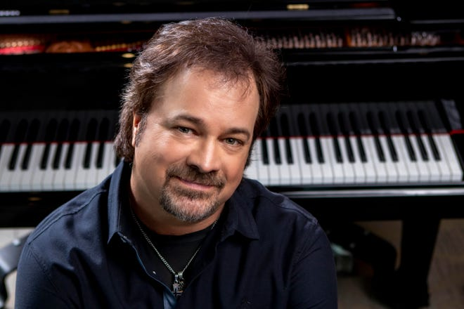 """Restless Heart lead singer Larry Stewart recently released his solo album """"Shifting Gears."""""""