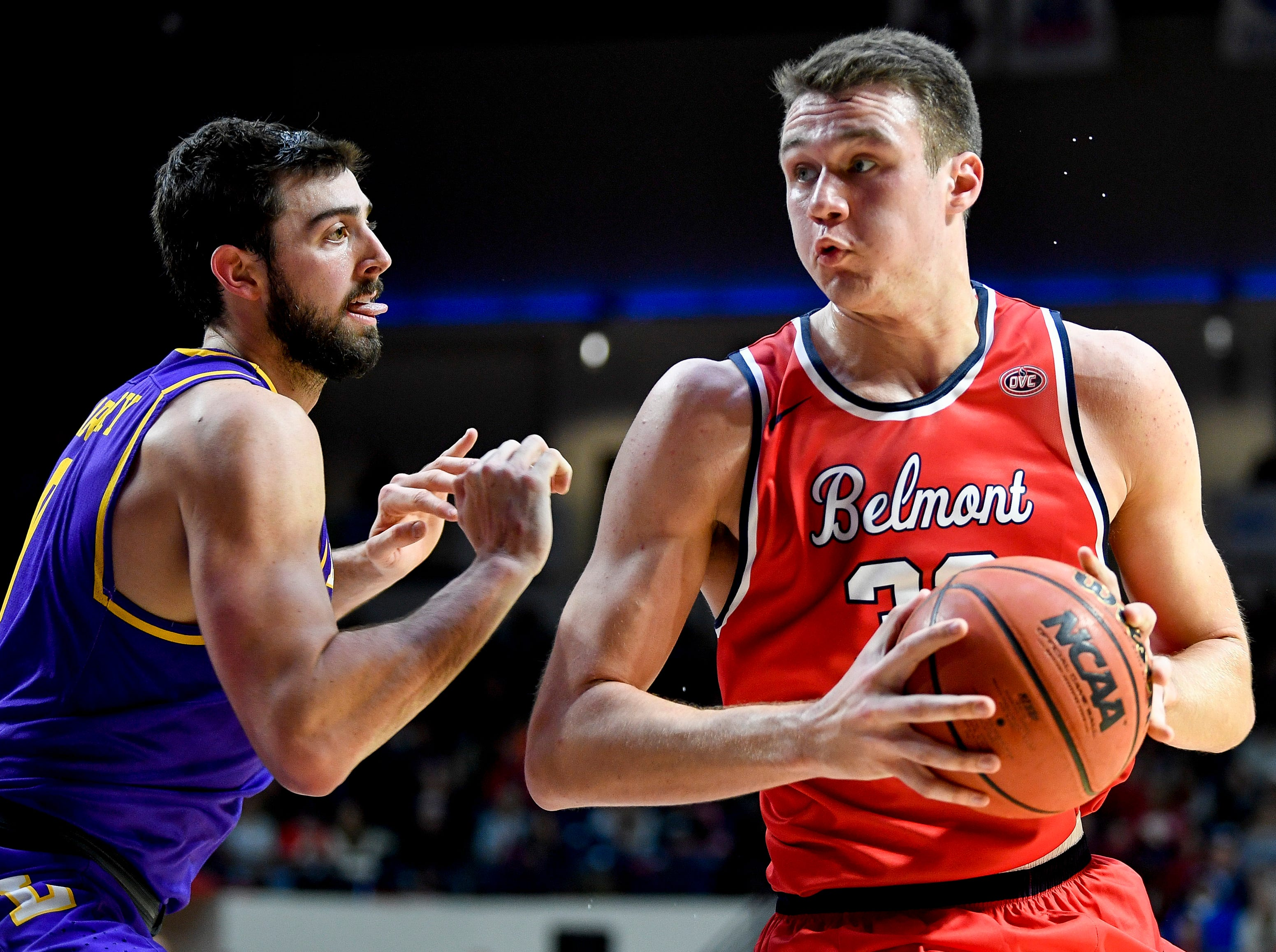 Belmont center Nick Muszynski (33) battles with Lipscomb forward Rob Marberry (0) during the first half at the Curb Event Center in Nashville, Tenn., Tuesday, Dec. 4, 2018.