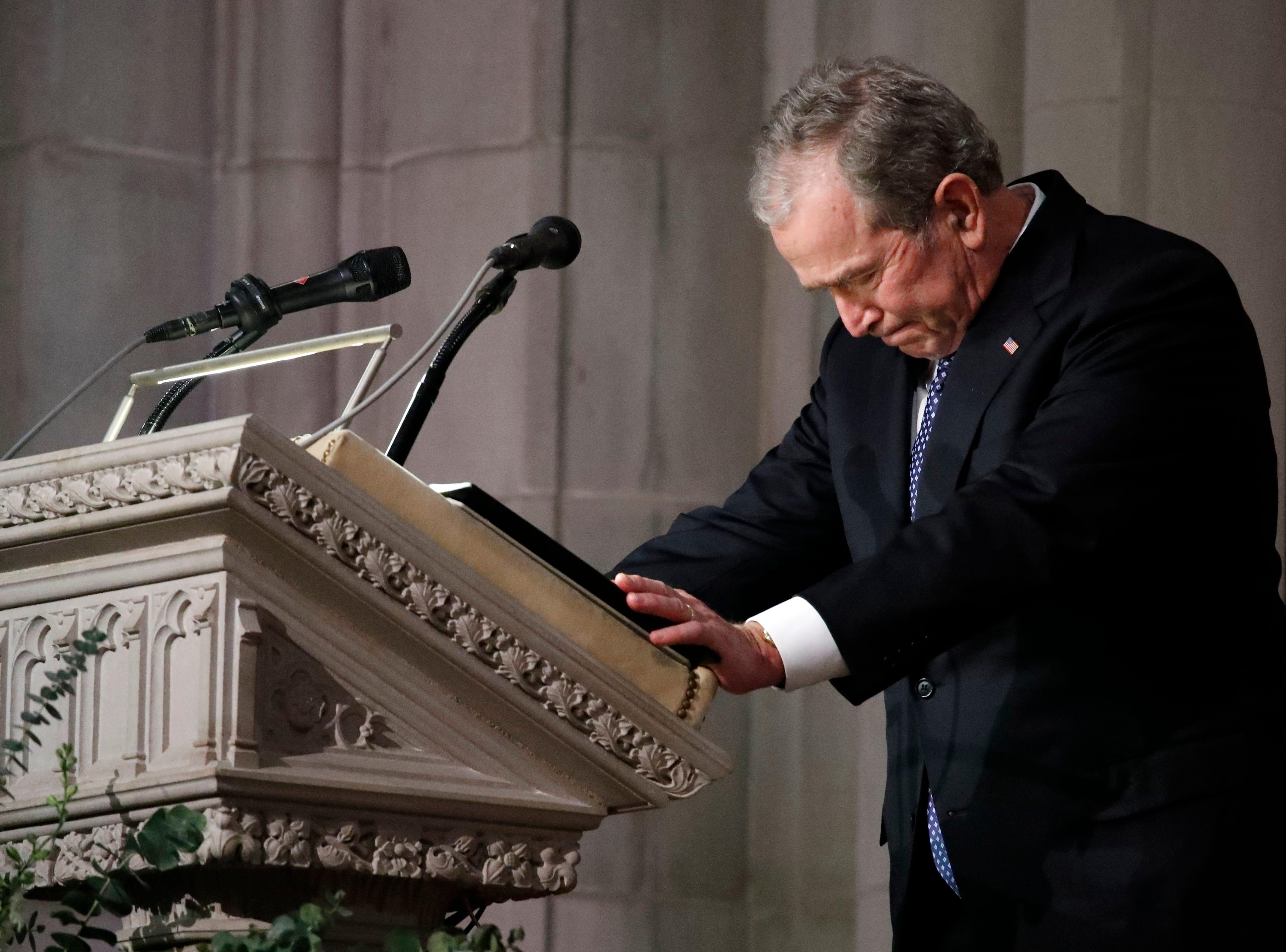 Mitch Albom: George W. Bush's farewell to dad is sadly familiar