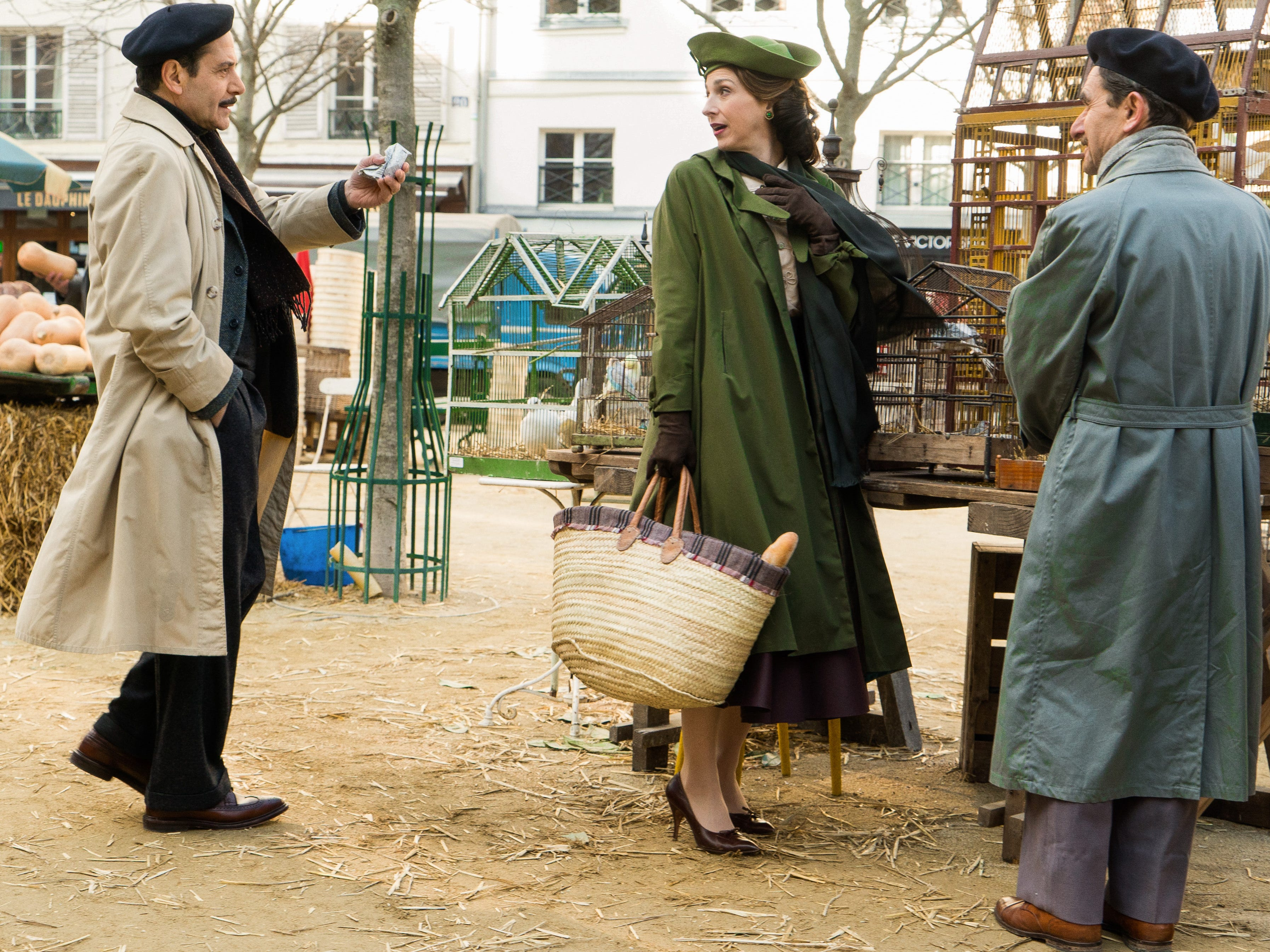 """Tony Shalhoub plays Abraham """"Abe"""" Weissman and Marin Hinkle is Rose Weissman, the title character's parents. in """"The Marvelous Mrs. Maisel."""""""
