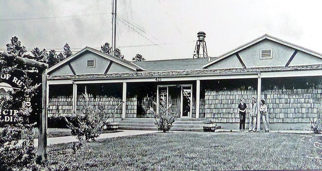 Ruidoso Police Department in 1996. The building is now the Ruidoso Municipal Court and Forestry Department building, located on the corner of Wingfield drive and Center street. The building was once a one-room school for fifth to eight graders prior to being an RPD building.