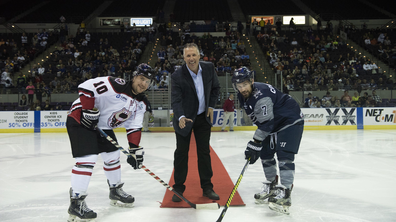 Hockey Hall of Famer Andreychuk part of Tampa Bay Lightning s Pensacola  impact 75a454bda
