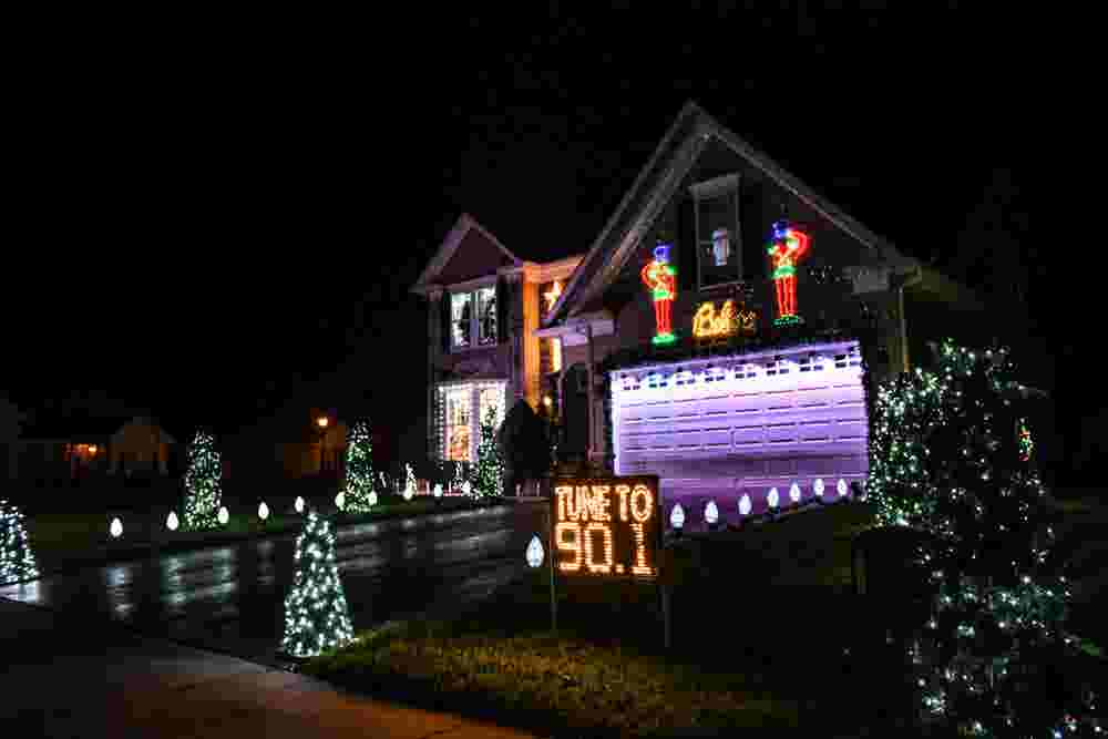 50,000 lights: Lewes home puts on animated Christmas show - Lewes Home Puts On Animated Christmas Show With 50,000 Lights