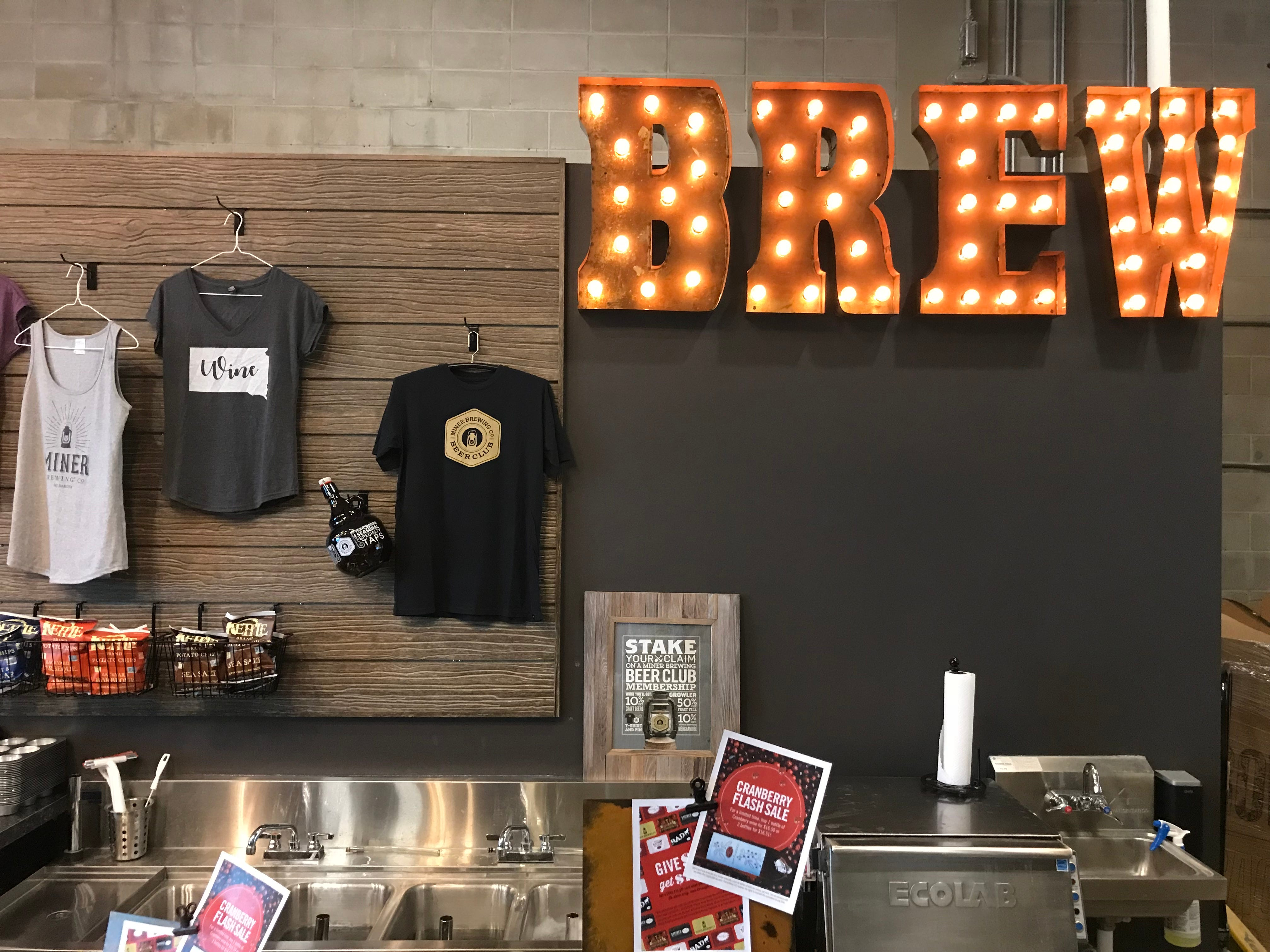 Miner Brewing Co. and Prairie Berry Winery Taproom opened its new Sioux Falls location in the Western Mall.