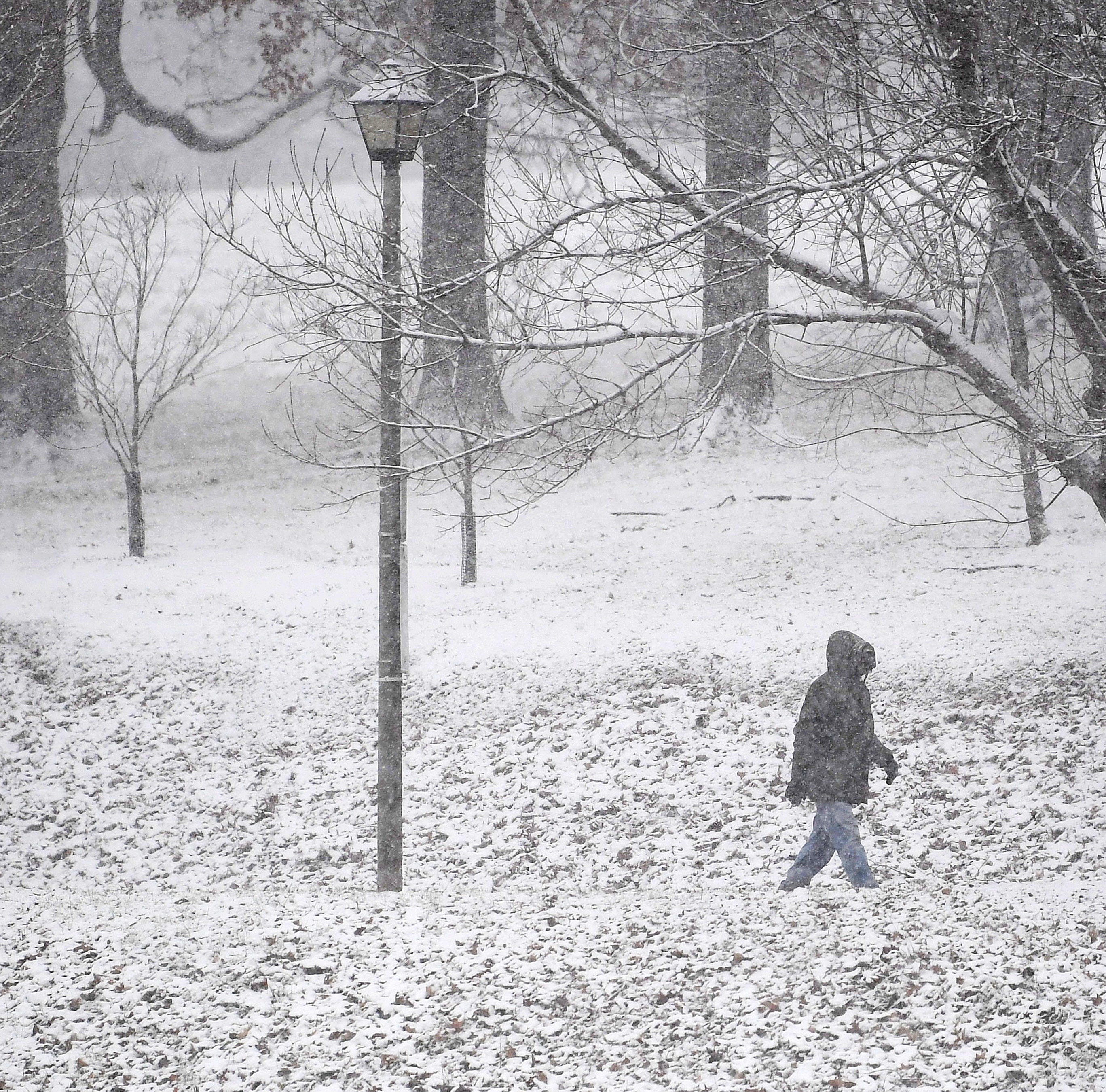 National Weather Service says between 5-10 inches of snow Tuesday night into Wednesday morning