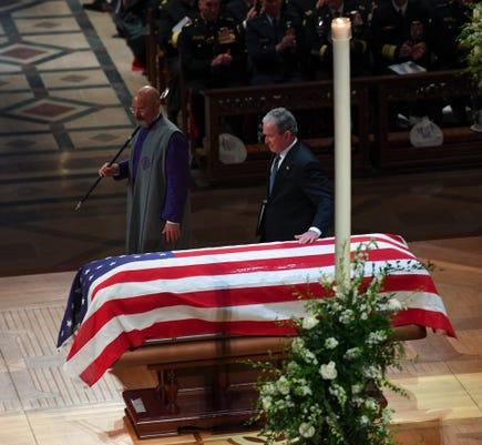 Xxx Jg 137685 Bush Funeral 12 5 201 Jmg 46266 Jpg Usa Dc