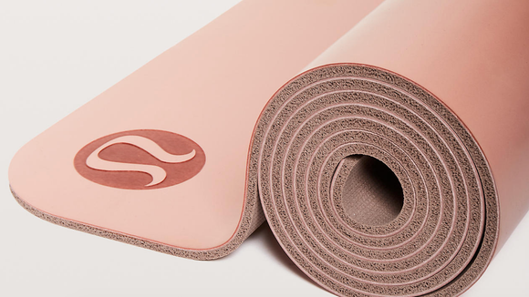 Lululemon yoga mat (Photo: Lululemon)