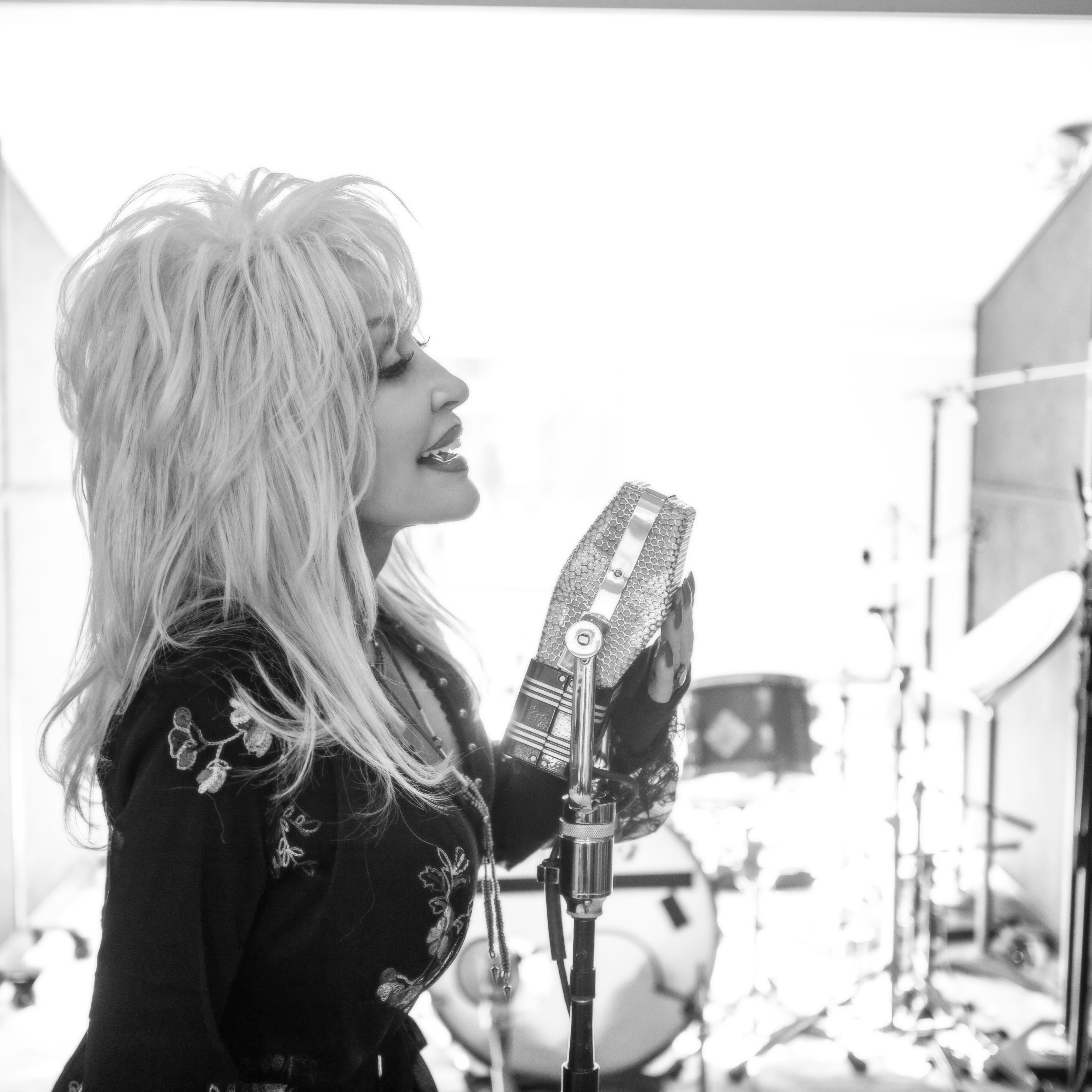 Dolly Parton recording a strain for Jennifer Aniston's film Dumplin.'