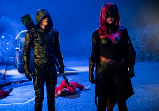 Green Arrow (Grant Gustin) meets Batwoman (Ruby Rose), the caped crusader of a Batman-less Gotham City.