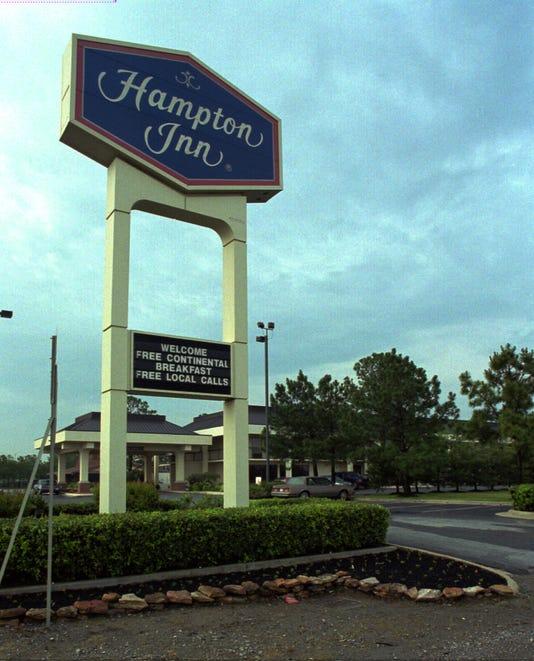 Ap B0 Identity15 04 Hampton Inn A Spcl Usa Tn