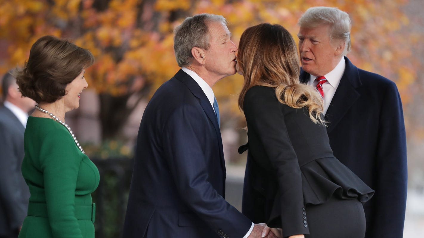 7cfae68064f5 Laura Bush touched by Melania Trump s invitation to the White House
