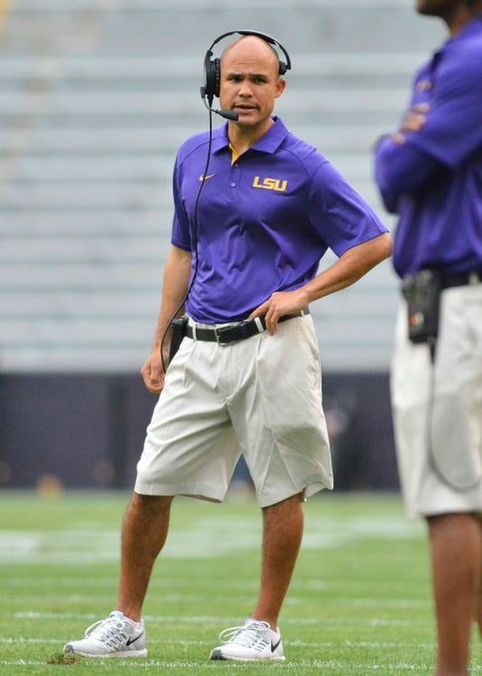 College Football Highly Paid Assistants Pass On Head Coaching Jobs