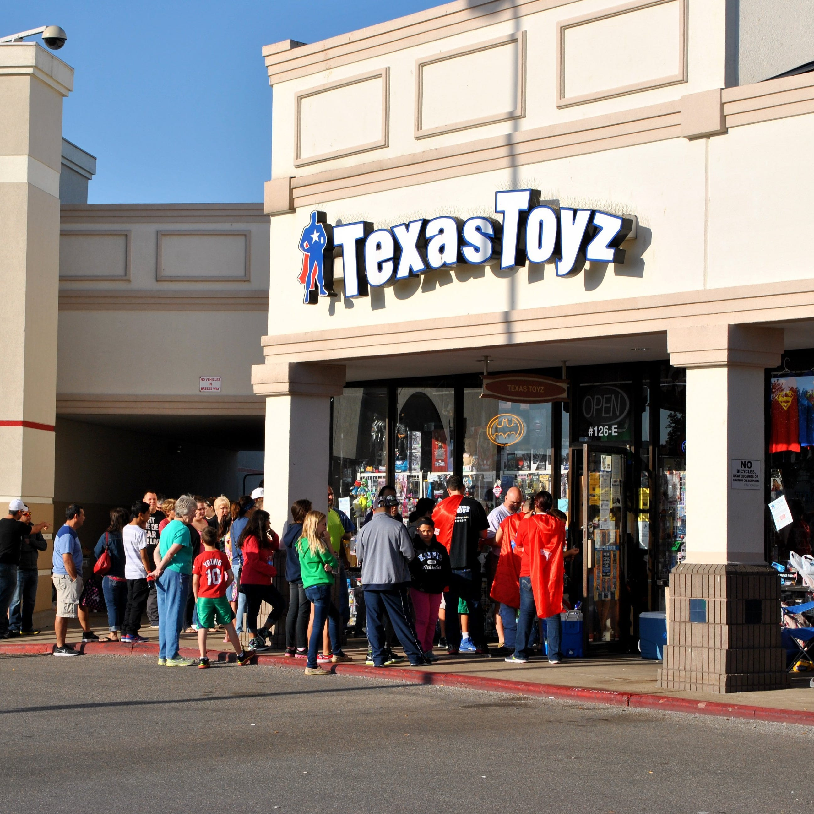 Corpus Christi's Texas Toyz comic shop announces closing on social media