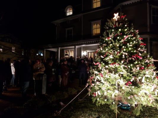 Light Up A Life 2018 - Community Tree-lighting Events In Somerville, Hunterdon, Illuminate