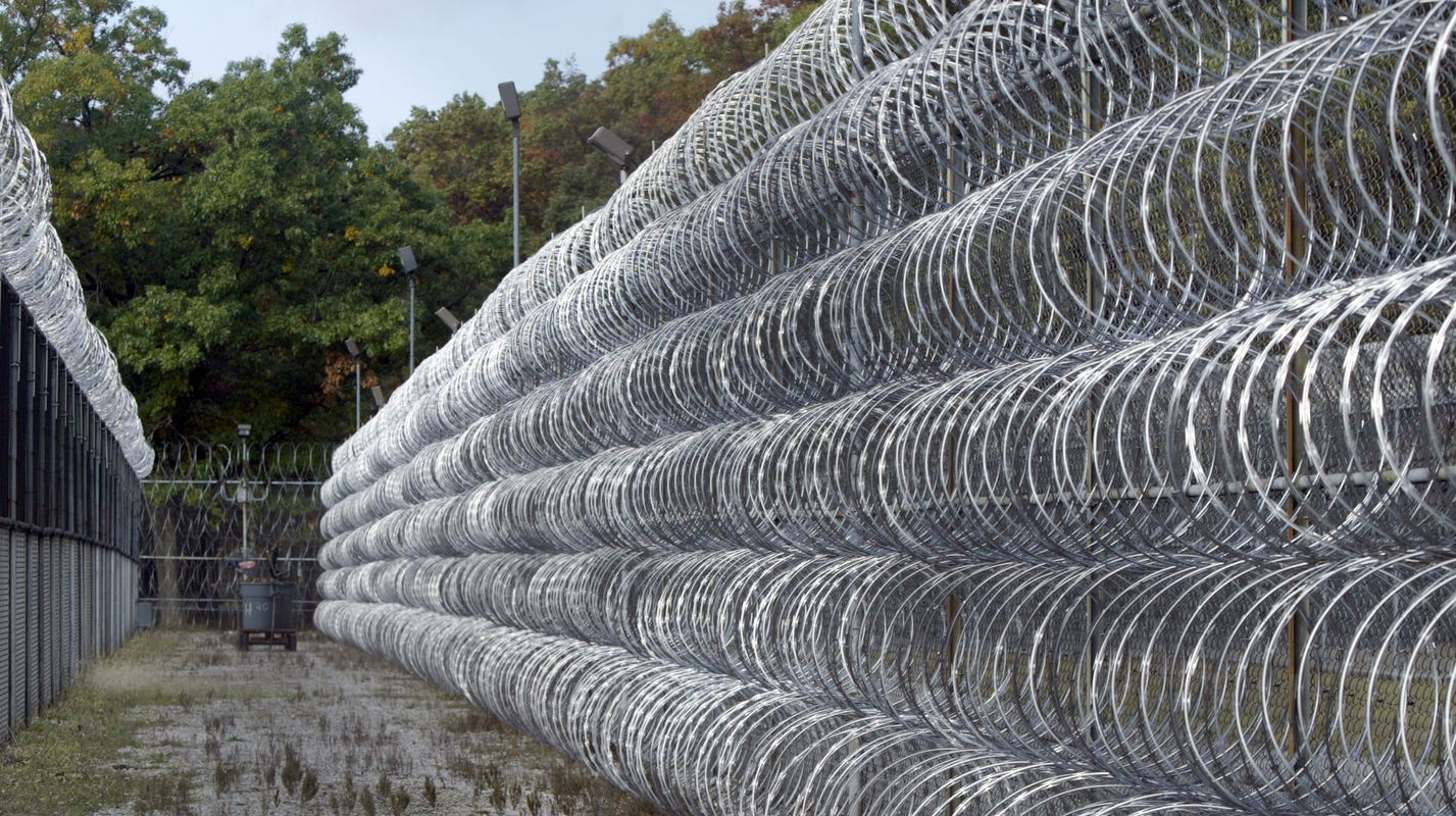 90 cases of COVID-19 variant B.1.1.7 reported at Michigan prison - Detroit Free Press