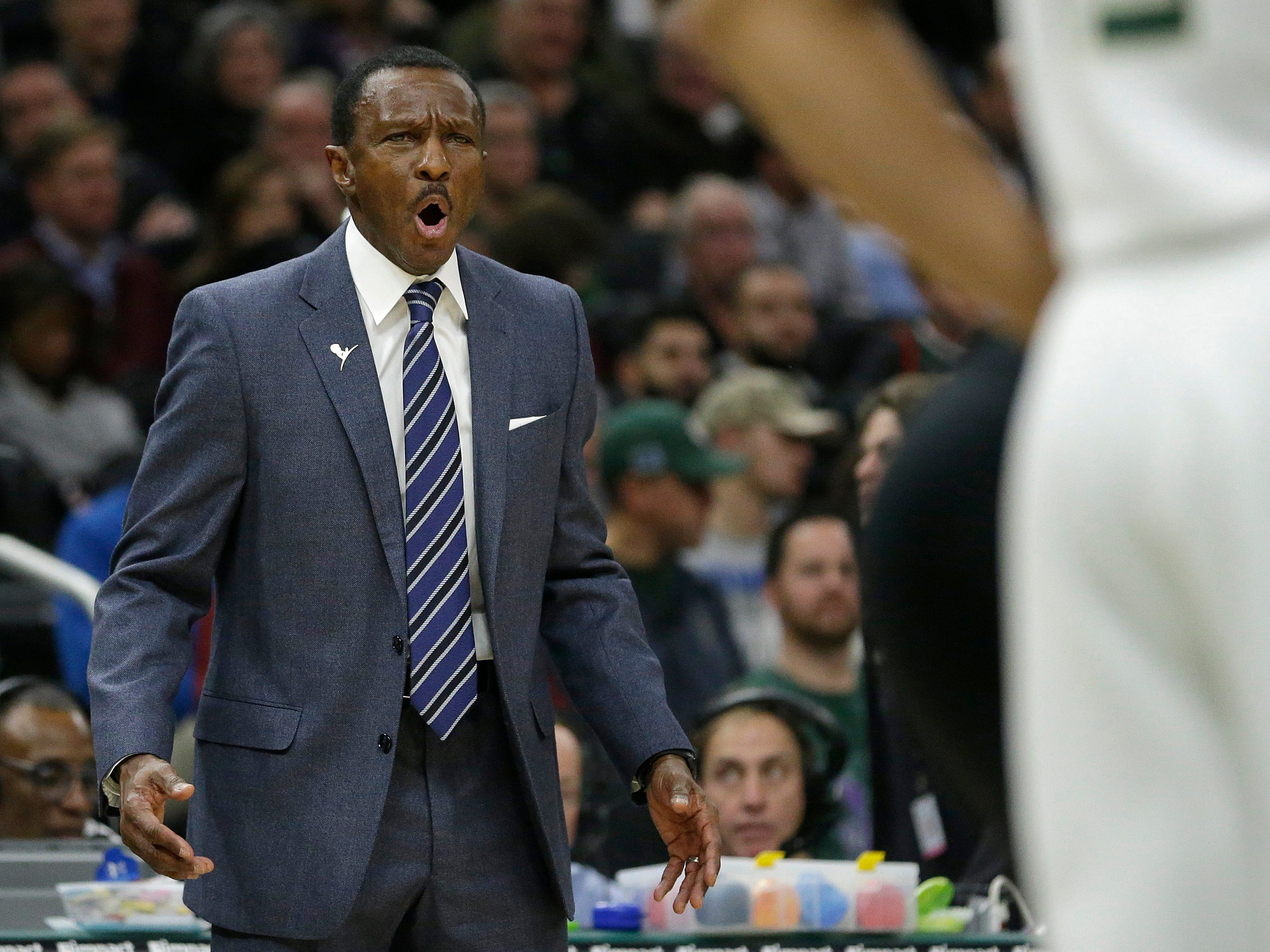 Detroit Pistons head coach Dwane Casey argues a call during the first half against the Milwaukee Bucks Wednesday, Dec. 5, 2018, in Milwaukee.