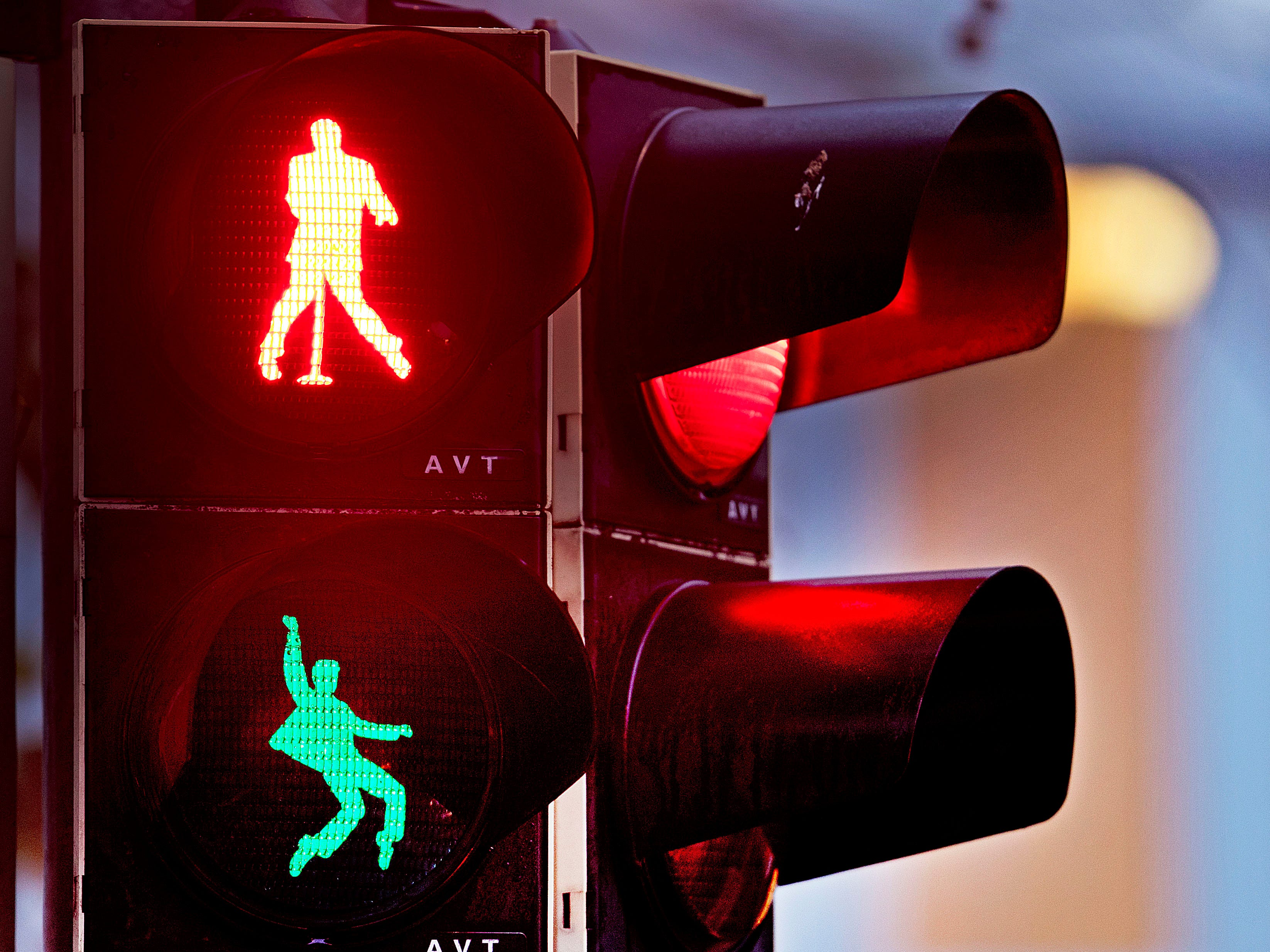 Walking figures depicting rock 'n' roll legend Elvis Presley appear on a traffic light switching from green to red in Friedberg near Frankfurt, Germany, Thursday, Dec. 6, 2018. Presley served in Friedberg from October 1958 to March 1960 as a soldier in the U.S. Armed Forces.