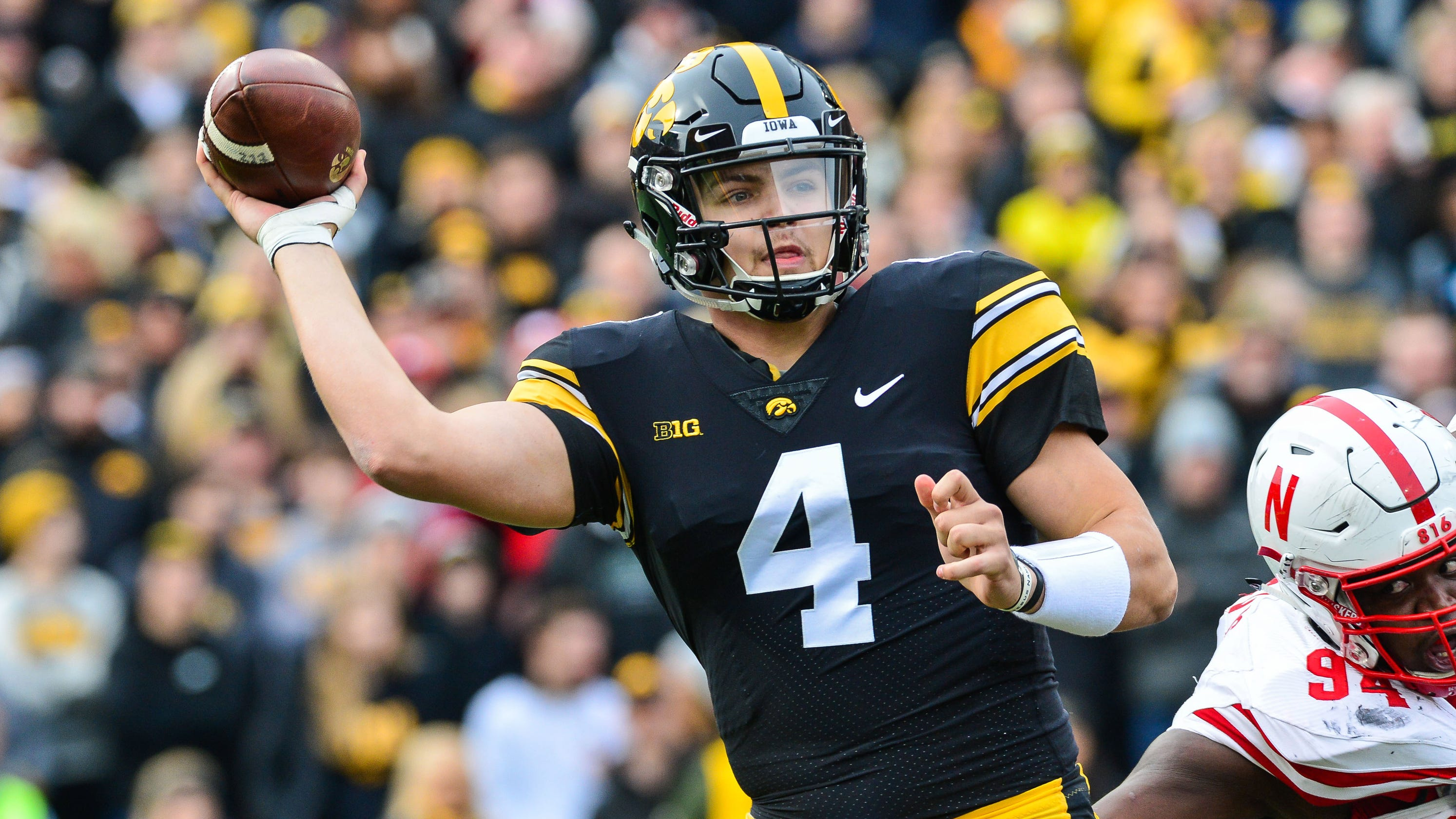 Iowa's Nate Stanley opens up about his critics, his thumb ...