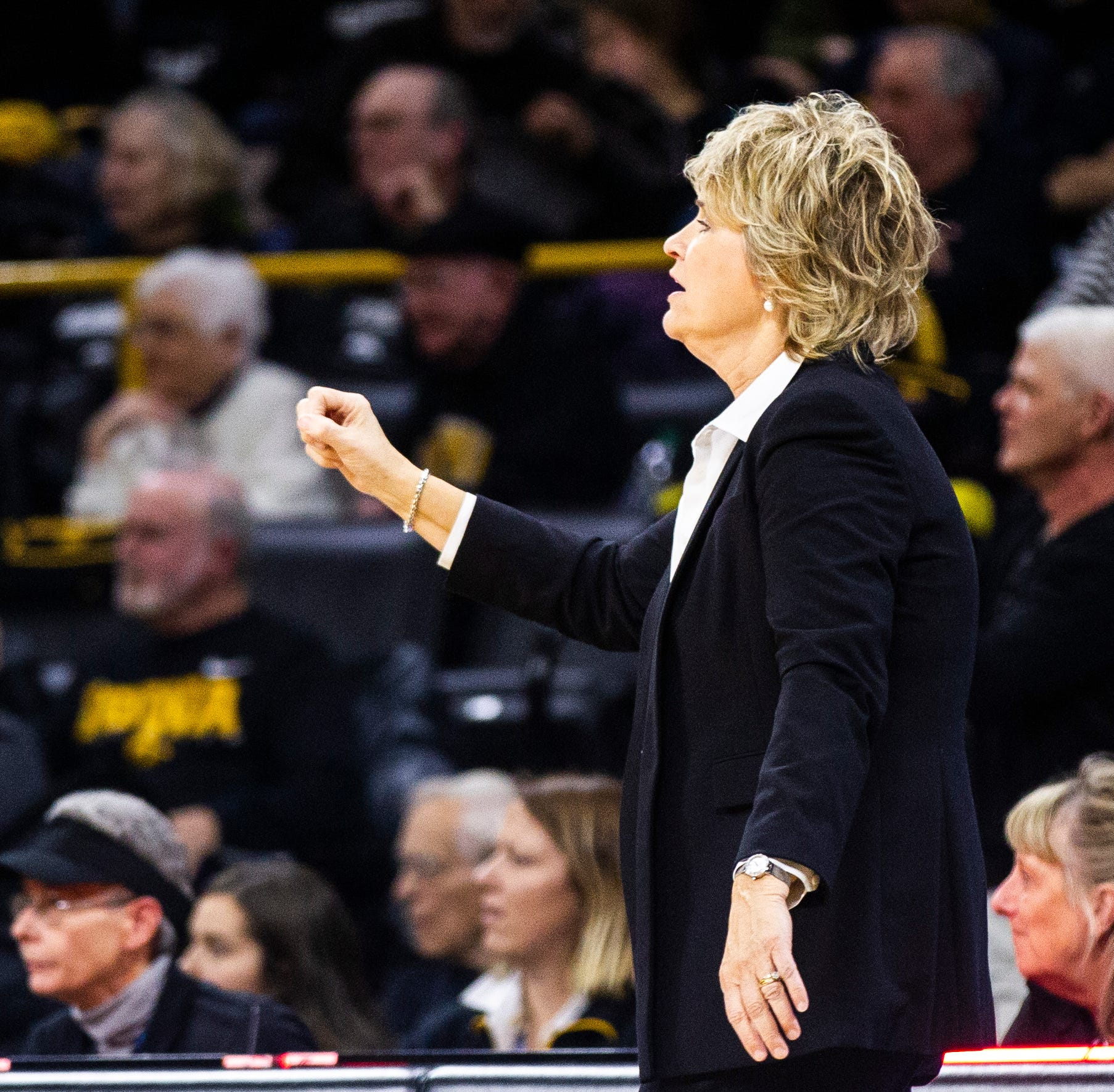 Iowa women's basketball: No. 10 Hawkeyes drop stunner at Indiana