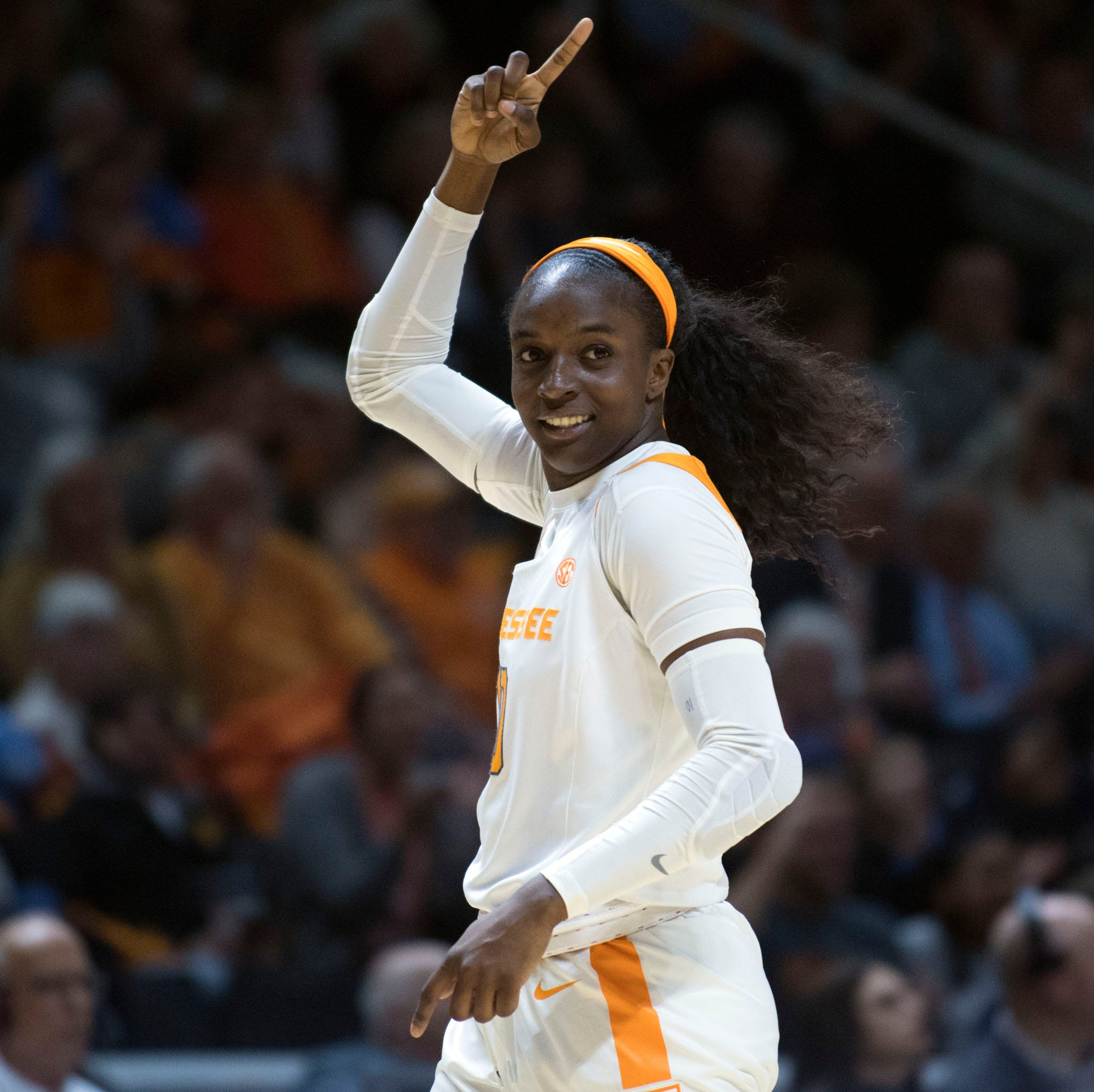 UT Lady Vols beat Texas 88-82 thanks largely to career-high 33 points from Meme Jackson