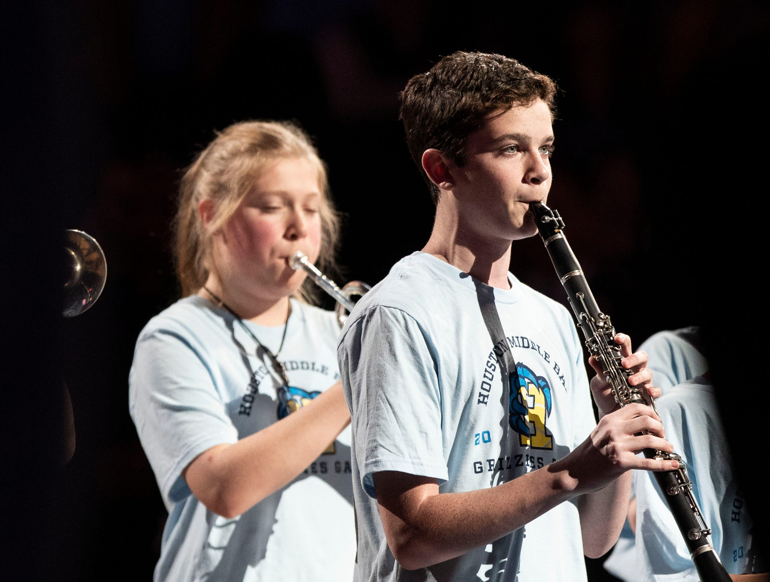 Houston Middle School band plays the national anthem at a NBA game between the Memphis Grizzles and Los Angeles Clippers, Wednesday, Dec. 5, 2018.