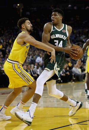 The Bucks' Giannis Antetokounmpo expects a tough game from Klay Thompson and the Golden State Warriors after Milwaukee won in Oakland on Nov. 8.