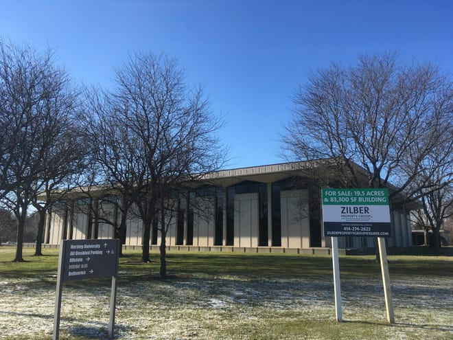 Landmark Credit Union wants to redevelop an office site in Brookfield for its new headquarters.