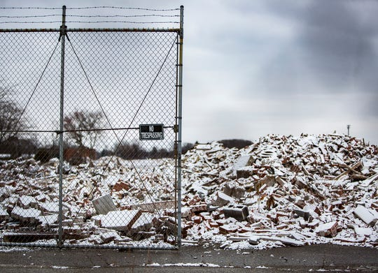 Rubble remains in the empty lot that was the former location of the BorgWarner plant on Kilgore Avenue Thursday, Dec. 6, 2018.