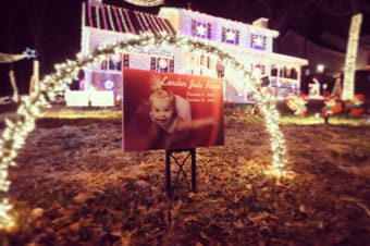 Father loses 21-month-old in tragic accident and heals through Christmas lights display worthy of Clark Griswold