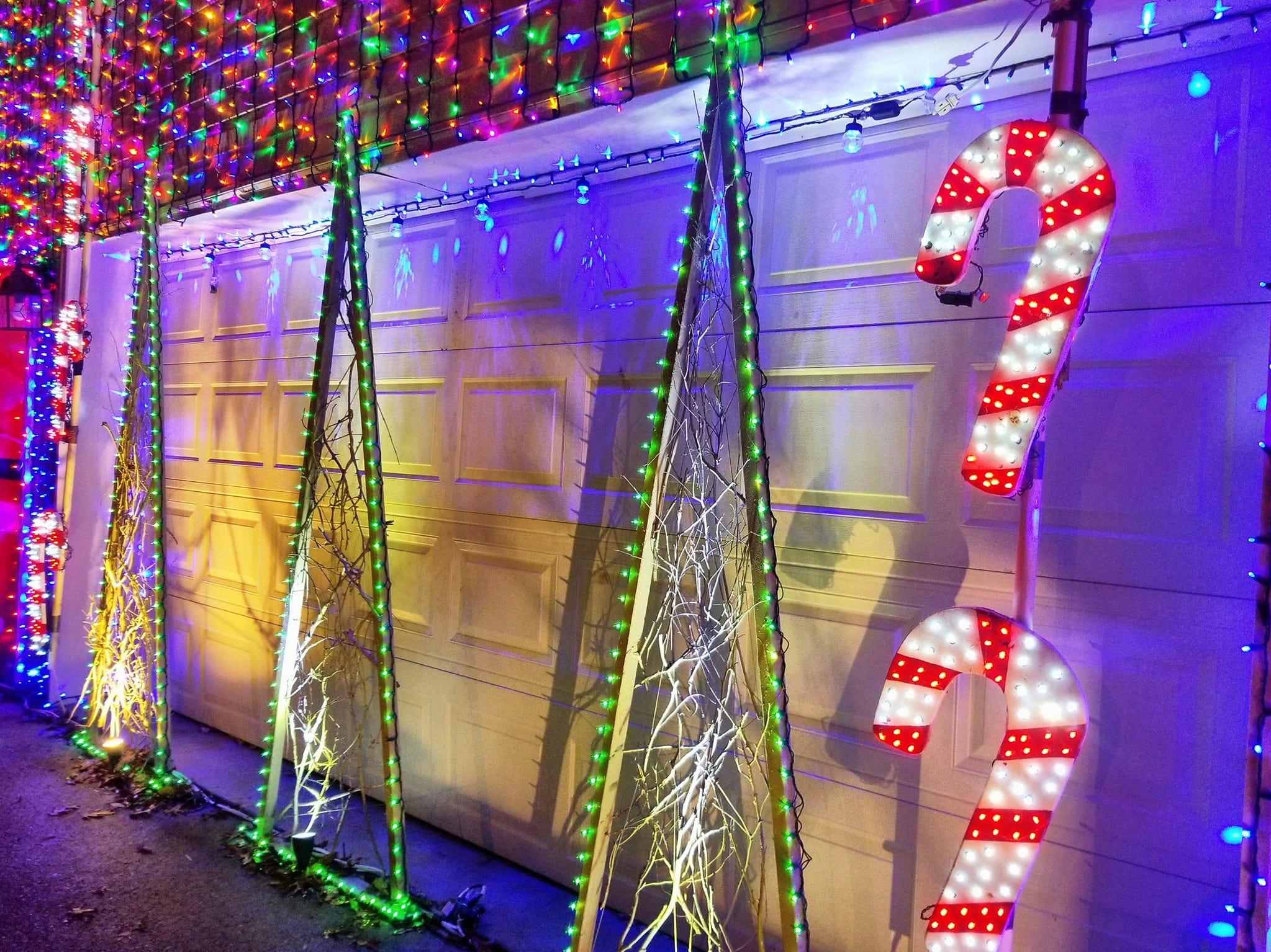 Each year, Brad Henn puts up a dazzling Christmas display in memory of his daughter, London, who died tragically in 2012. London's Lights features 300,000 twinkling lights.