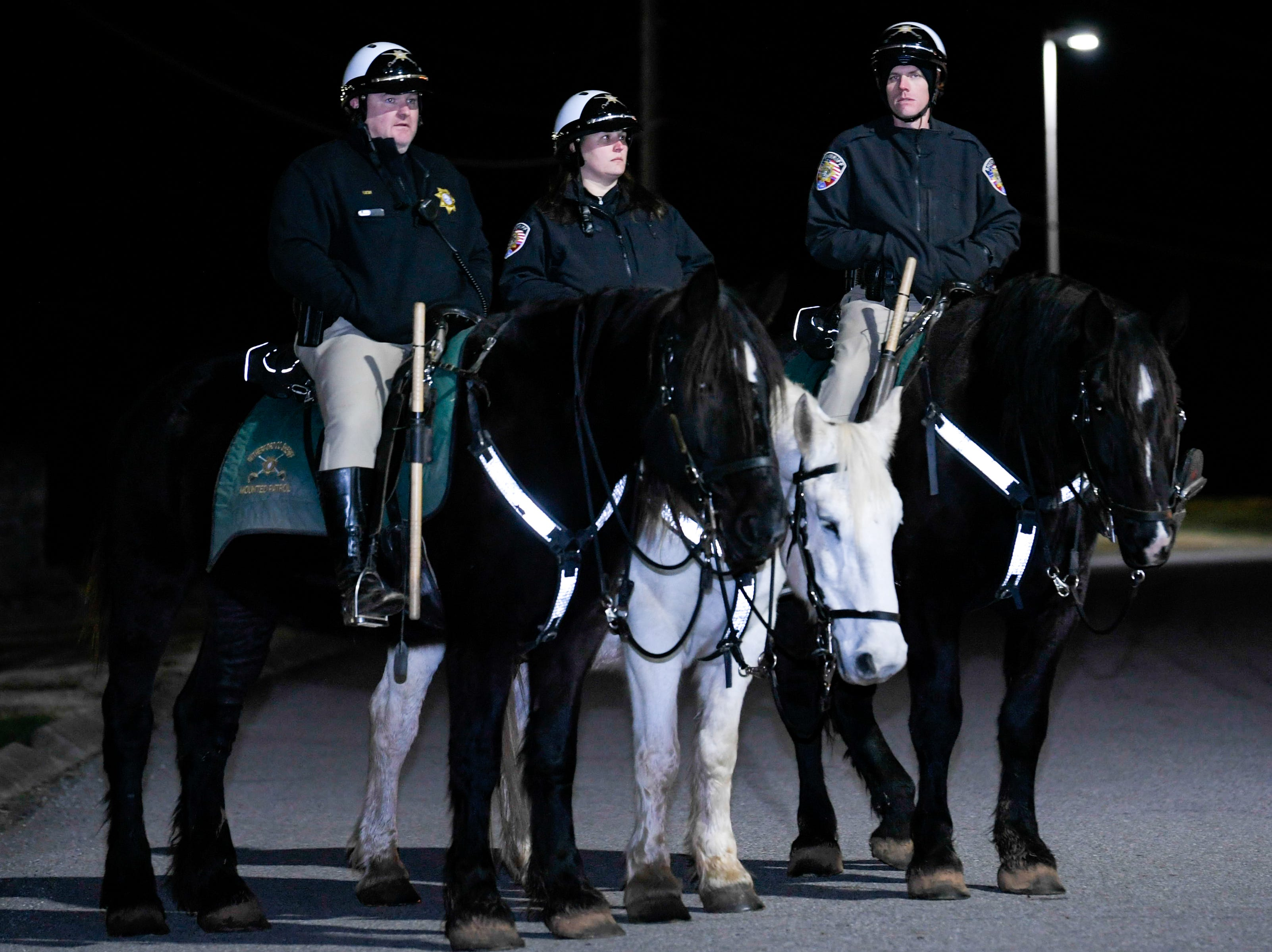 Rutherford County Sheriff Mounted Patrol stand guard outside Riverbend Maximum Security Institution ahead of execution of Tennessee death row inmate David Earl Miller on Thursday Dec. 6, 2018.
