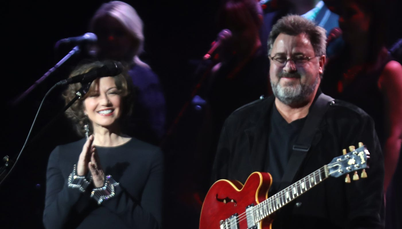 Grand Ole Opry: Vince Gill, Amy Grant and daughters to perform on Saturday