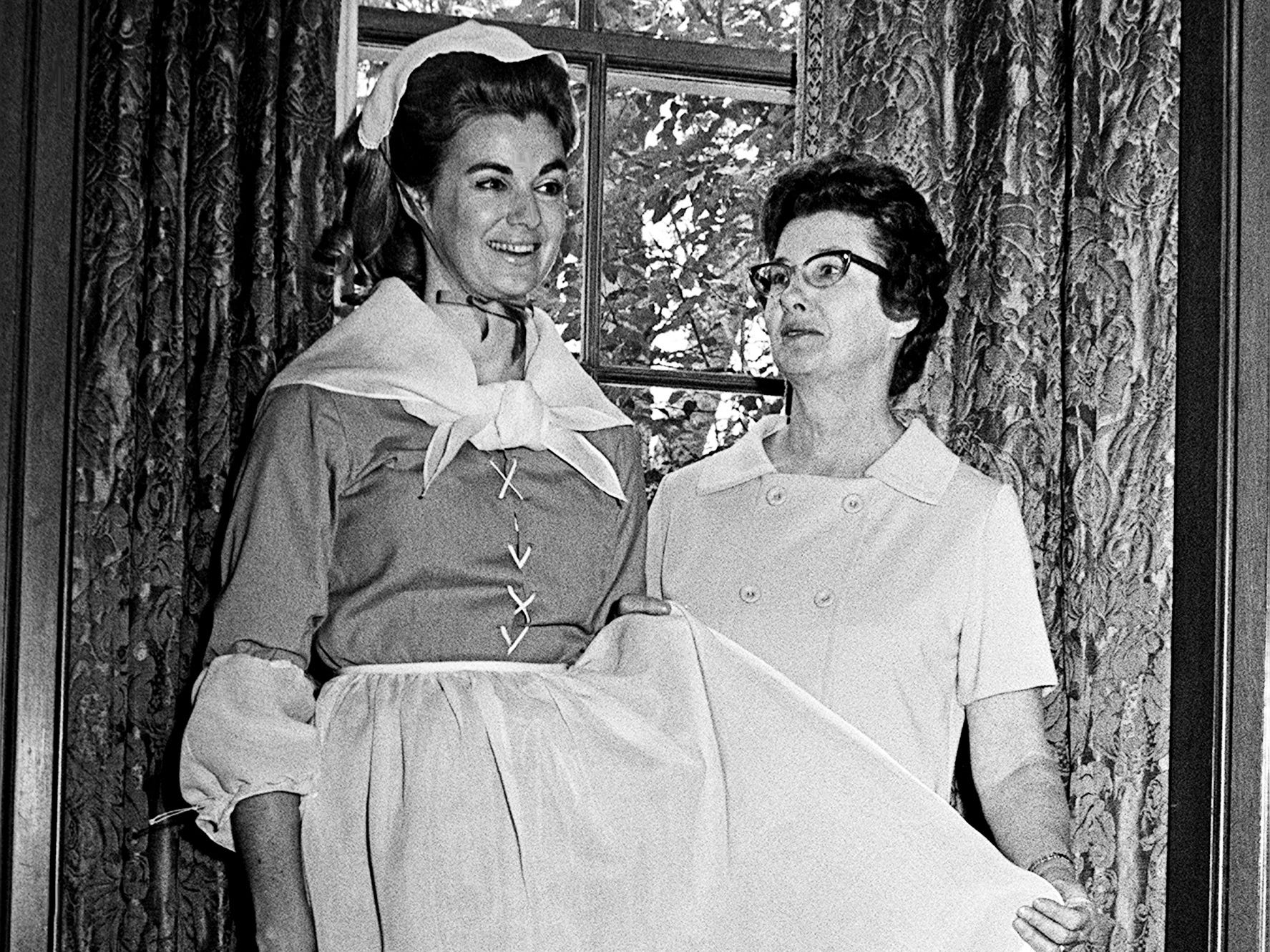 Plans for Christmas at Cheekwood are approaching the final stage Nov. 19, 1968 as the fourth annual Christmas Tree Festival will be held Dec. 7 through Dec. 20. Mrs. Peter Krenkel, left, of the Fleur de Lis garden club, will serve as hostess by the Moravian tree and Mrs. James Metcalfe is chairman of research on the education committee and writes the program.