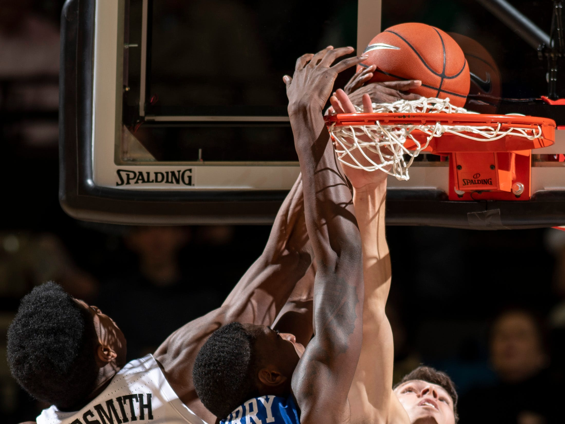 Vanderbilt forward Aaron Nesmith (24) and forward Yanni Wetzell (1) defend against MTSU forward Reggie Scurry (22) during the second half at Memorial Gym in Nashville, Tenn., Wednesday, Dec. 5, 2018.