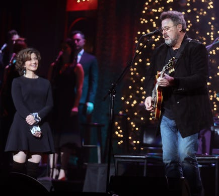 Amy Grant celebrates 1 billion song streams: 'I can't wrap my head around that number'