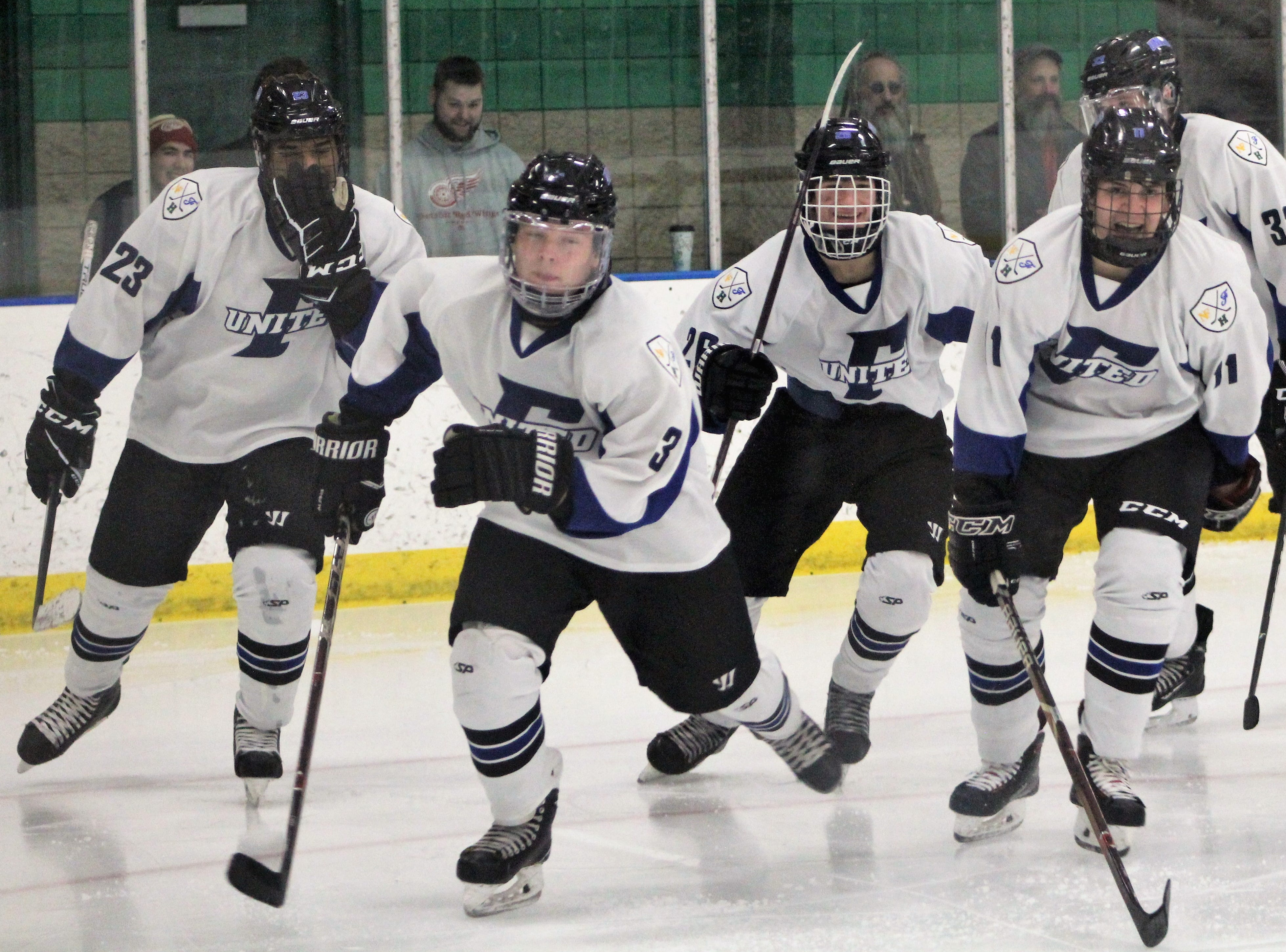 Cohesive Farmington United continues strong play with 6-2 win over Canton