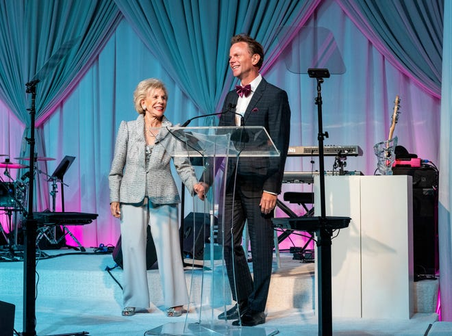 Annette Bloch and David Brinkman share a warm moment after she presents him with the Annette Bloch Heart & Soul Award